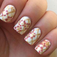 Flowery #nailart #floral #whitemani  #nailart - bellashoot.com
