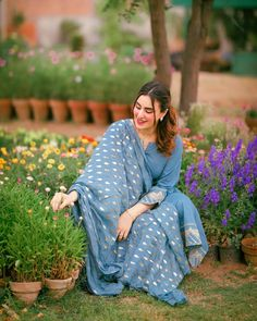 Couture Sewing Techniques, Maya Ali, Stylish Girl Images, Beauty Full Girl, Girl Poses, Girls Image, Hijab Fashion, Casual Dresses, Kimono Top