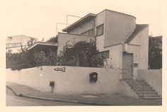 Hans Scharoun - Villa, Hoelzelweg 1, Weissenhofsiedlung, Stuttgart (Villa, Hoelzelweg 1, The Weissenhof Housing Development, Stuttgart), 1930
