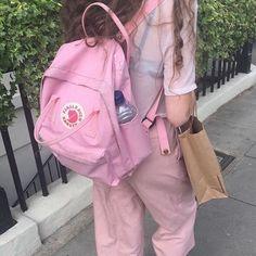 Backpacks are no longer reserved for school children. Mochila Kanken, Kanken Backpack, Pink Aesthetic, Aesthetic Fashion, Pink Kanken, Mode Kawaii, We Wear, How To Wear, Moda Vintage