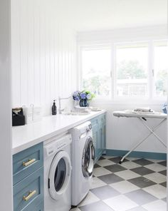 Very pretty laundry room. I like the floors and the blue cabinets and the light and the size of the room. Cheap Countertops, White Countertops, Kitchen Counters, Laundry Room Design, Laundry Rooms, Mud Rooms, Checkered Floors, Laundry Room Inspiration, Blue Cabinets