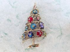 Vintage Signed Weiss Christmas Tree Brooch with Margarita rhinestones AB767 #Weiss