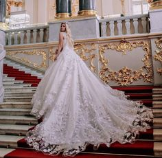 Wedding Dress for Love The dramatic couture gowns designed by Malyarova Olga are simply awe-inspiring! The cathedral-length train on one of her latest creations makes for truly a photographable moment Wedding Dresses 2018, Luxury Wedding Dress, Elegant Wedding Dress, Designer Wedding Dresses, Bridal Dresses, Elegant Gowns, Dress Wedding, Ball Dresses, Ball Gowns