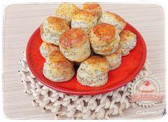 Mákos mini pogik Minion, Muffin, Eggs, Cookies, Breakfast, Recipes, Food, Poppy, Drinks