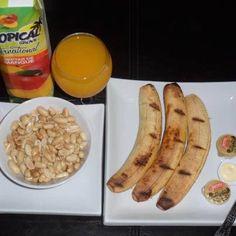Roasted plantain, peanuts and orange juice