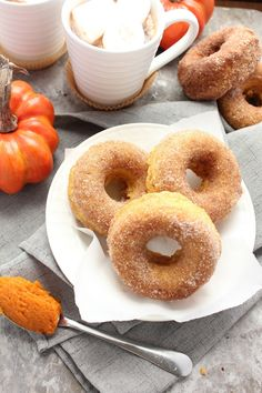 Baking with Blondie : Baked Pumpkin Cinnamon Sugar Doughnuts
