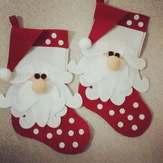 Santa Tuch mit Formen yuli vargas Formen mit Santa tuch vargas y Christmas Crafts For Kids, Felt Christmas, Holiday Crafts, Christmas Time, Christmas Ornaments, Holiday Decor, Diy Christmas Stockings, Christmas Glasses, Christmas Projects