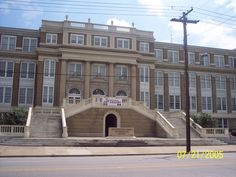 Huntington High School now the Huntington Renaisance Center