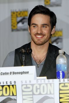 Colin O'Donoghue/ Captain Hook Comic-Con Once Upon A Time Panel 2013