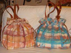 Bolsas em lona pintadas.