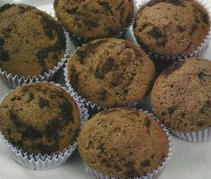 Queques de Chocolate  - https://www.receitassimples.pt/queques-de-chocolate/