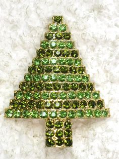 Green RHINESTONE CRYSTAL christmas tree pin brooch
