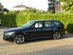 Bmw M5 Touring a 43.900 Euro | Station Wagon | 33.950 km | Benzina | 373 Kw (507 Cv) | 09/2009