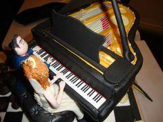 chess and grande piano