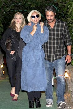 Photo of Lady Gaga and Taylor Kinney Cuddle Up on a Cute Dinner Date Taylor Kinney Chicago Fire, Lady Gaga Joanne, Lady Gaga Pictures, Tony Bennett, Natalie Dormer, Ex Husbands, Good Music, Cuddling, Personal Style