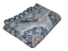Hand Made Cotton Indian Kantha Block Print Quilt Bed Spread Blanket Throw Quilted Throw Blanket, Quilted Bedspreads, Queen Quilt, Kantha Quilt, Cotton Quilts, Bed Covers, Art Deco Fashion, Bed Spreads, Indian