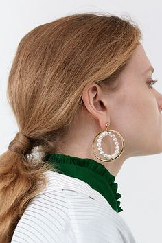 Meterial: brass, 18k gold plate, swarovski pearl, silver / Size: length 5.5cm, ring diameter 4.5cm