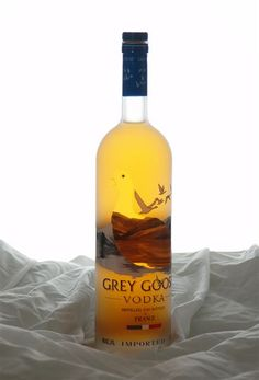 "¸.¤"" Grey Goose Apple Vodka Bottle France"