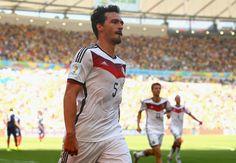Mats Hummels HD Images 3  #MatsHummelsHDImages #MatsHummels #Hummels #football #soccer #fcbayern #fcbayernmunich #wallpapers