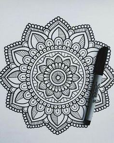 Easy Doodles Drawings, Cool Doodles, Easy Doodle Art, Doodle Art Designs, Doodle Art Drawing, Cool Art Drawings, Drawing Ideas, Doodles Zentangles, Doodling Art