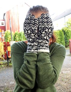 Photography Gloves, Product Photography, Mitten Gloves, Mittens, Hand Knitting, Knitting Patterns, New Nordic, Long Johns, Crochet Gloves