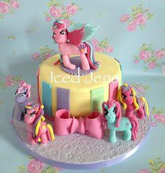 My little Pony - by IcedJens @ CakesDecor.com - cake decorating website
