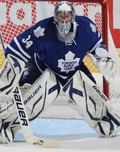 james reimer would make a great backup/splitter with nabokov Goalie Gear, Hockey Helmet, Ice Hockey Teams, Goalie Mask, Hockey Goalie, James Reimer, Maple Leafs Hockey, Air Canada Centre, American Sports