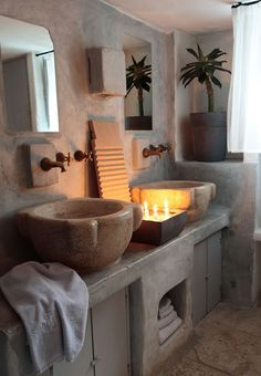 Amazing Bathroom With Plain Washbasin Made From Stone Accent home trends design photos, home design picture at Home Design and Home Interior Natural Stone Bathroom, Natural Stones, Tadelakt, Beautiful Bathrooms, Bathroom Inspiration, My Dream Home, Sweet Home, House Design, Interior Design