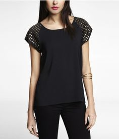STUDDED SHORT SLEEVE EASY TOP | Express