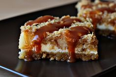 caramel apple cheesecake cookie bars. oh my yummy :)