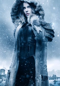 A gallery of Underworld: Blood Wars publicity stills and other photos. Featuring Kate Beckinsale, Theo James, Lara Pulver, Bradley James and others. Underworld Vampire, Underworld Selene, Underworld Movies, Vampire Girls, Vampire Art, Female Vampire, Underworld Kate Beckinsale, Chica Fantasy, Woman Crush