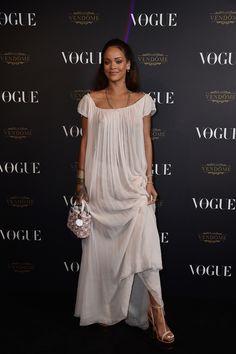 Rihanna en robe Christian Dior vogue paris soirée 95 ans http://www.vogue.fr/mode/inspirations/diaporama/la-soire-des-95-ans-de-vogue-paris/22911#rihanna-en-robe-christian-dior