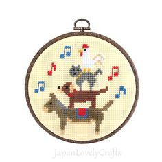 Japanese Cross Stitch Kit Tutorial, Fairy Tale, Town Musicians of Bremen, Beginner Embroider, Hand Embroidery Kit, Embroidery Wall Art,EK025