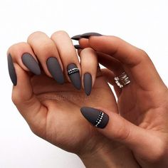 JINDIN Black Matte French Fake Nails Manicure Natural False Nails Short Full Cover Design for Women 24 pcs/set - Cute Nails Club Dark Nail Designs, Acrylic Nail Designs, Nail Art Designs, Nails Design, Stiletto Nails, Coffin Nails, Almond Shape Nails, Matte Almond Nails, Nails Shape