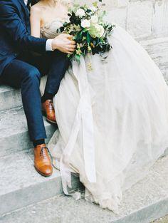 Romantic Paris wedding elopement inspiration   Wedding Sparrow ( Photo Inspo via @bridelaboheme )