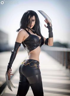 Cosplayer: Crystal Cosplay & Music. Country: Italy. Cosplay: X-23 from Marvel Comics. Photo by: Alessio Buzi. https://www.facebook.com/Crystal-Cosplay-Music-157020281031574/
