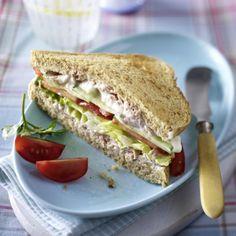 Vollkorn Sandwich mit Thunfischcreme Rezept | LECKER