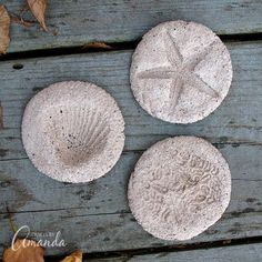 Kids will love making these coffee ground fossils and pretending they are on an archeological dig! Make these fossils with coffee grounds, flour and more. Beach Crafts, Summer Crafts, Fun Crafts, Crafts For Kids, Arts And Crafts, Uses For Coffee Grounds, Camping Crafts, Craft Activities, Dinosaur Activities