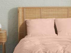 Designer Bettwaren & Badtextilien | MADE.com Designer, Bed Pillows, Pillow Cases, Inspiration, Modern, Furniture, Home Decor, Beds, Living Room Decor