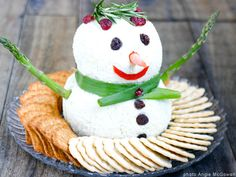 NYE appetizers : Snowman Cheese Ball | Babble
