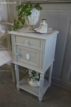meuble buffet grillag patin gris perle blanc poudr gris ardoise buffet armoires and shabby. Black Bedroom Furniture Sets. Home Design Ideas