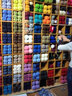 Le rayon Bergère de France Haberdashery Shop, Bead Shop, Shops, Knitting, Quotes, Ideas, Fashion, Business, Haberdashery