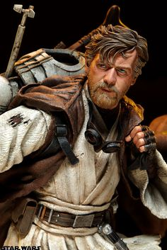 Buy Star Wars Ben Kenobi Mythos Statue at Mighty Ape NZ. Sideshow Collectibles proudly introduces the next entry in the Star Wars Mythos line, Ben Kenobi. As a nomad, wandering the desert landscape of Tatooi. Star Wars Clone Wars, Star Wars Art, Star Trek, Figuras Star Wars, Sideshow Star Wars, Desert Nomad, Alec Guinness, Jedi Sith, Star Wars Merchandise