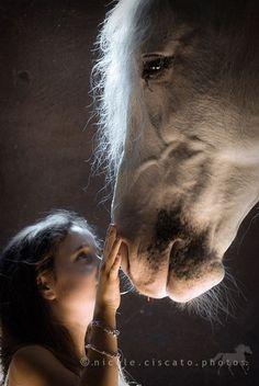 Every Horse deserves a Little Girl ♥ ༺ß༻