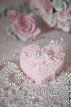 """Мыло ручной работы. Ярмарка Мастеров - ручная работа """"Сердце - Розы и Кружева"""". Мыло ручной работы.. Handmade."""