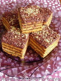 Adina's kitchen & travel: Foi fragede cu miere si crema de ciocolata , nuca ...