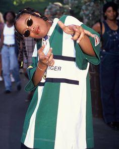 Shawntae Harris -- better known as Da Brat Black 90s Fashion, 2000s Fashion, Hip Hop Fashion, Look Fashion, Queer Fashion, Urban Fashion, Fashion Styles, Looks Street Style, Looks Style