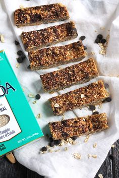 Wholesome peanut butter quinoa granola bars packed with 7g protein and 3g fiber. Simple to make and freezer friendly!