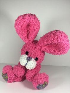 Free crochet pattern - little bunny Easter Crochet, Crochet Bunny, Crochet Toys, Free Crochet, Sock Toys, Stuffed Animal Patterns, Handmade Toys, Free Pattern, Craft Projects