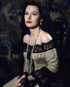 Hedy Lamarr, photographed by Eliot Elisofon, 1946.